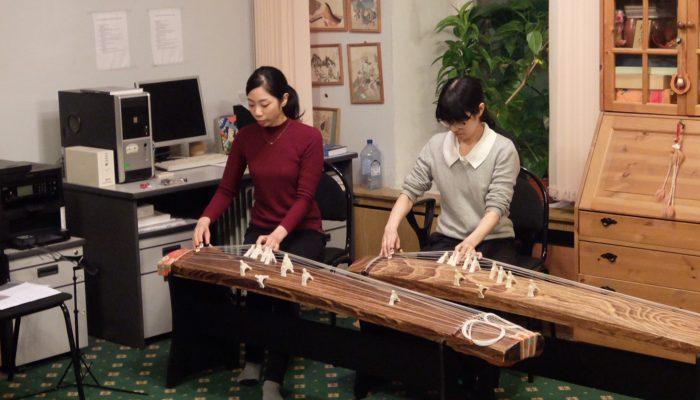 箏・三絃・尺八・笛による和楽器体験講座1回目